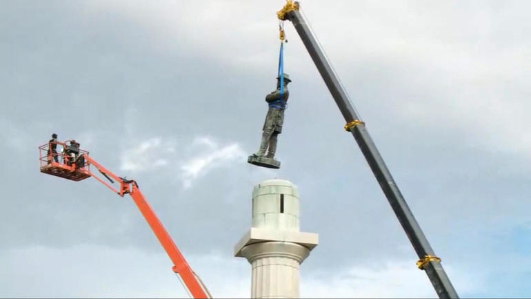 ot-monumentsa.jpg