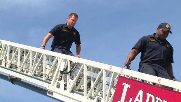 可钱 - 买 - 幸福消防队长 - 克里斯蒂安 - 伊诺霍萨梯-620.jpg