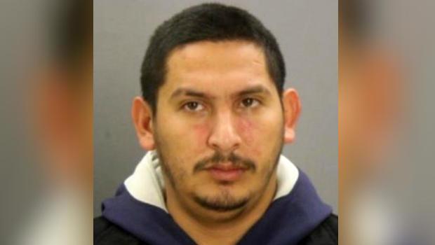 180424-dallaspd-armando-juarez-suspect.jpg