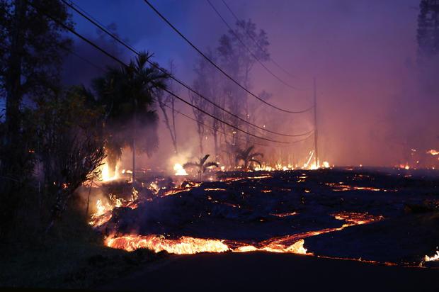 夏威夷的基拉韦厄火山爆发迫使撤离