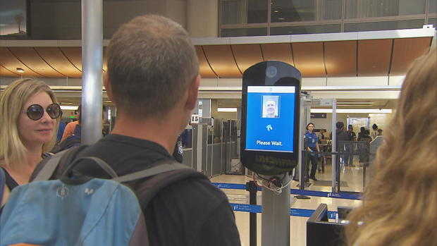 NFA-VAN-切割-TSA-面部识别测试-需要-NARR-GFX-帧908.jpg