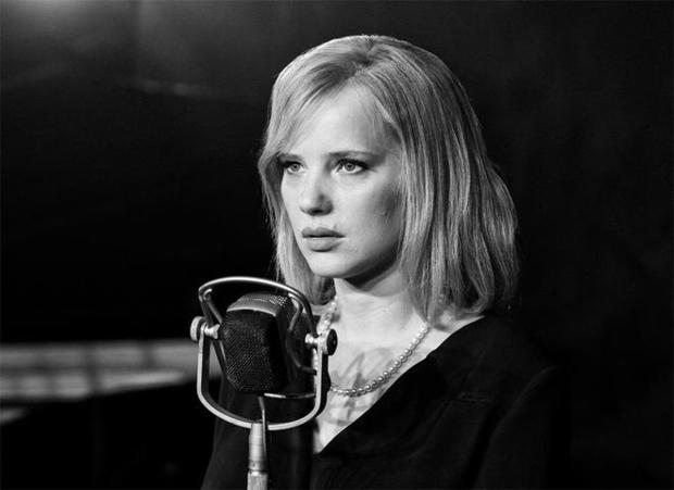 冷战 - 乔安娜 - 库利格 - 亚马逊promo.jpg