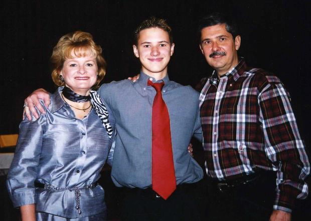 Trisha,Kevin和Kent Whitaker