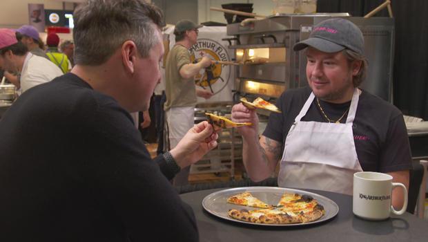 国际比萨饼博览会 - 无尖下垂安东尼 - 法尔科与 - 卢克 - 伯班克 -  620.jpg