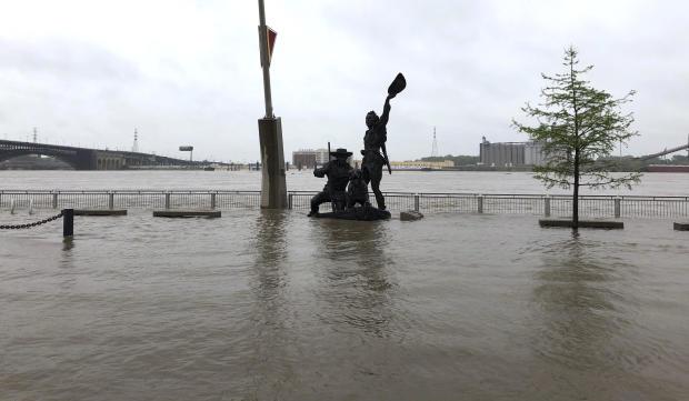 春天洪水密西西比河