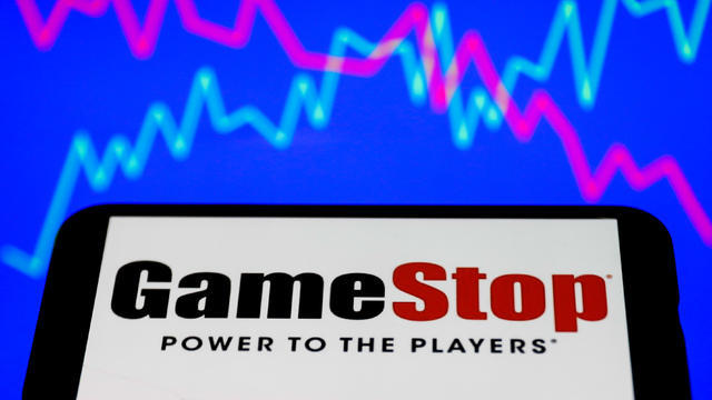 cbsn-fusion-robinhood-resumes-restriction-gamestop-stocks-thumbnail-635730-640x360.jpg