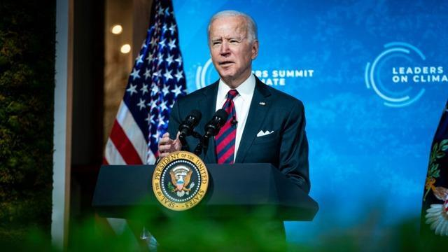 CBSN-Fusion-Biden-Maintains-Expert-Approval-Retings-First-100天 - 分析 -  Anthony-Salvanto-Thumbnail-700797-640x360.jpg