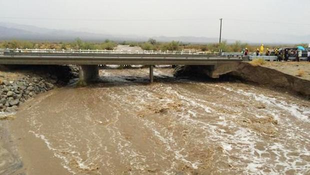 interstate-10-partial-bridge-collapse.jpg
