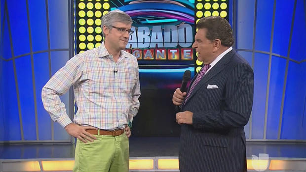 mo-rocca-on-sabado-gigante-with-don-francisco-620.jpg