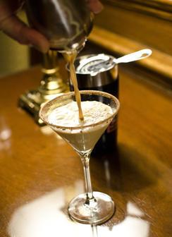 boston-cream-pie-martini-244.jpg