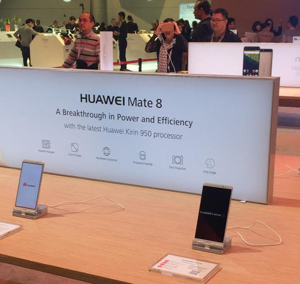 huawei-phones-ces.jpg