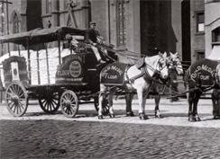 gold-medal-flour-wagon-244.jpg