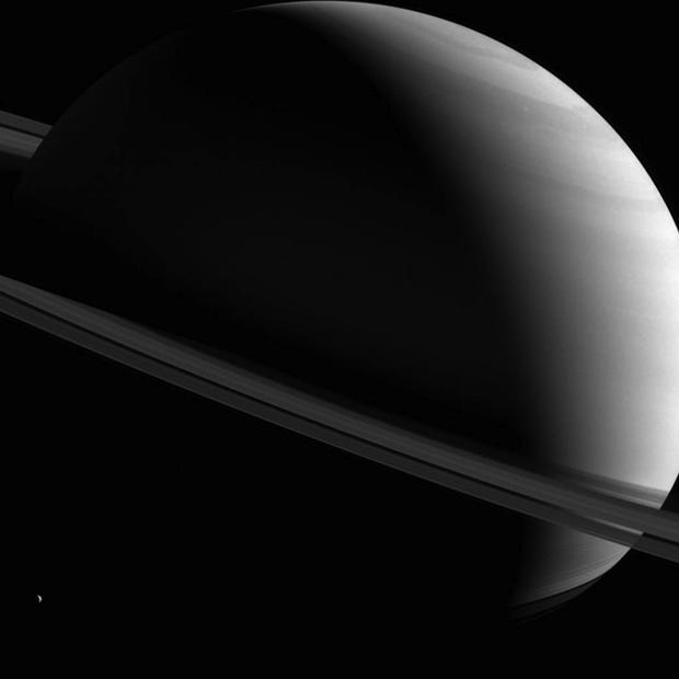 saturn-askew-620.jpg