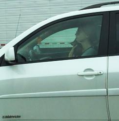 cat-holding-driver-la-cant-drive-244.jpg