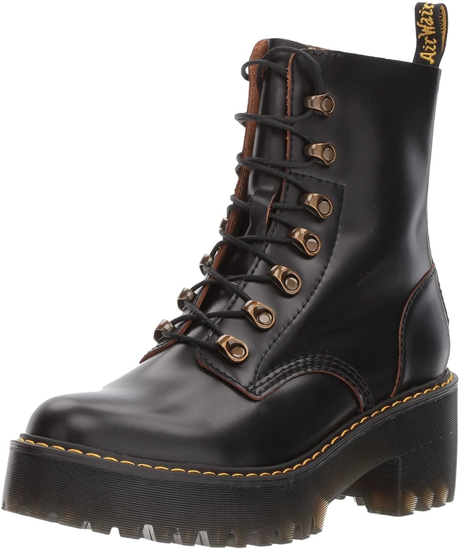 Dr. Martens Leona 7-hook boots