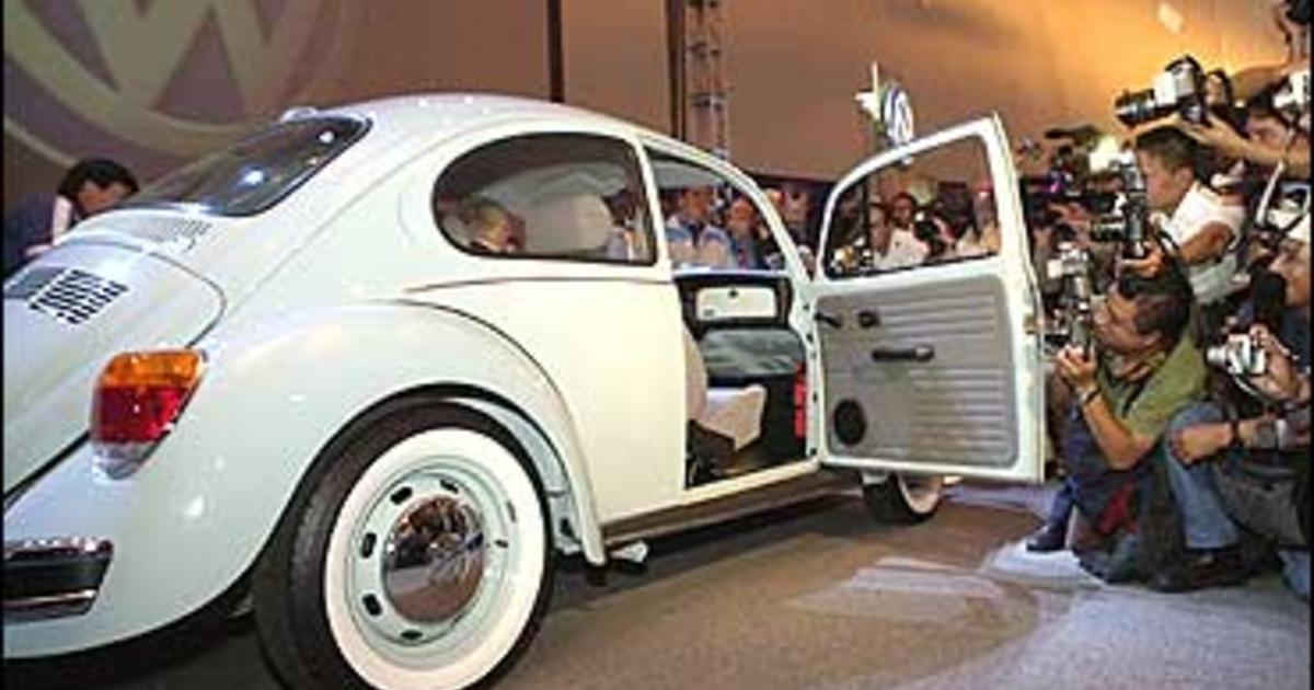 Volkswagen Rolls Out 'Final' Bug - CBS News