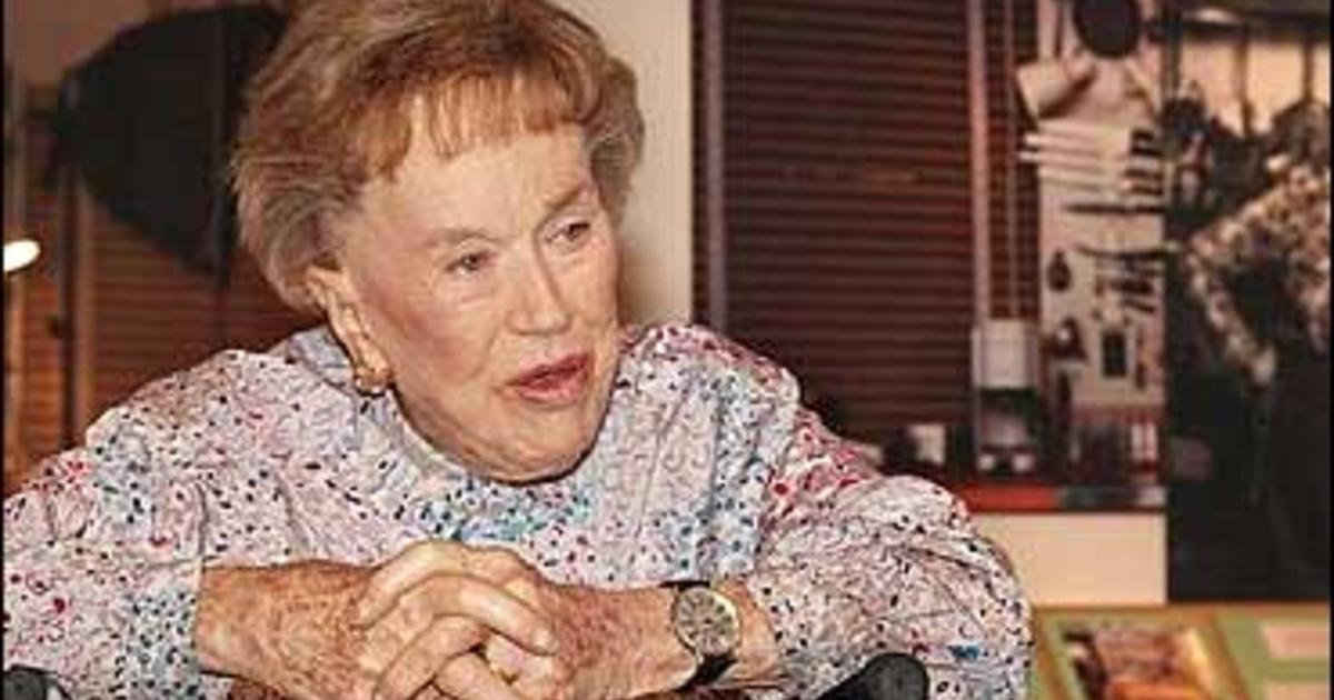 Famed chef julia child dies cbs news - Julia child cooking show ...