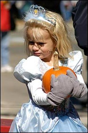 2004: Pumpkins On Parade