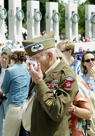 World War II Vets Get Memorial