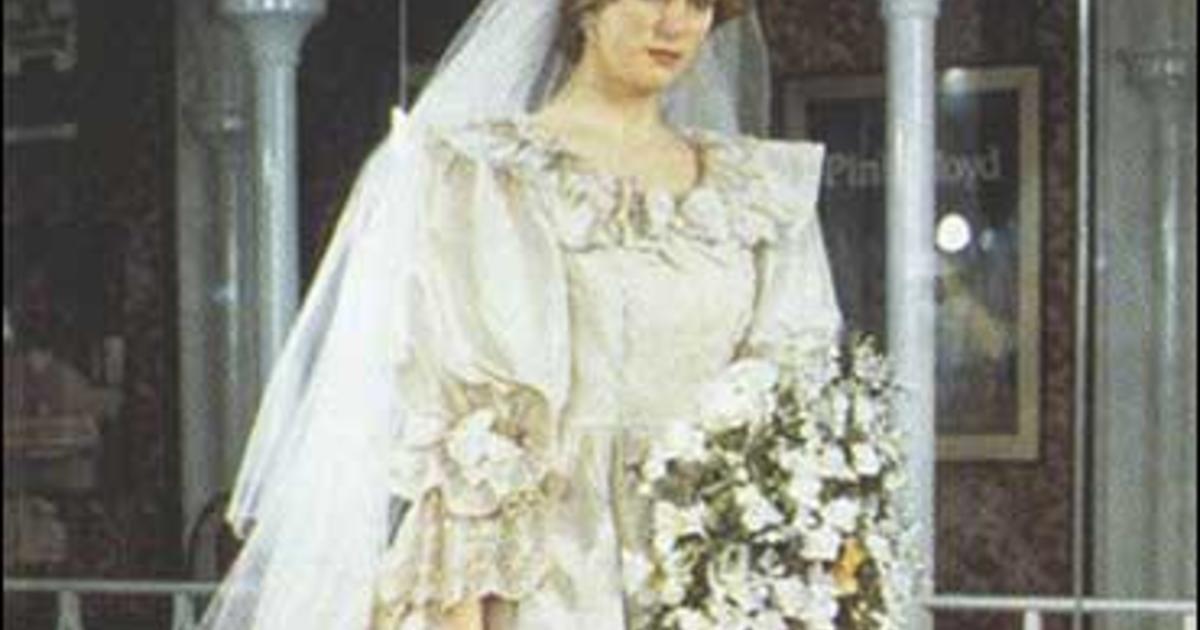 Di\'s Backup Bridal Gown In Dispute - CBS News