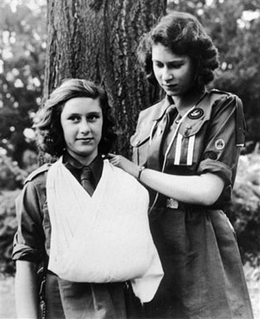 august 1943 britain s longest reigning monarch queen elizabeth