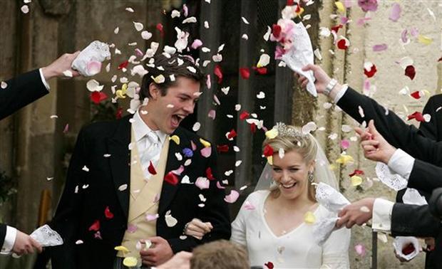Duchess' Daughter Weds