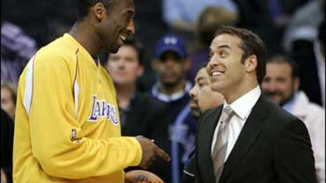 """Los Angeles Lakers' Kobe Bryant tapes a scene with actor Jeremy Piven for the HBO series """"Entourage"""" at the Staples Center before the Lakers basketball game against the Golden State Warriors Tuesday, April 11, 2006, in Los Angeles."""