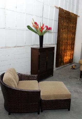 Paris' Furniture Up For Auction