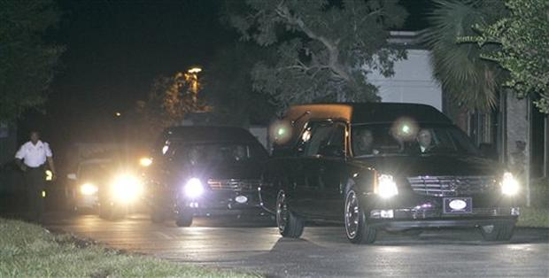 Day of Anna Nicole's Funeral