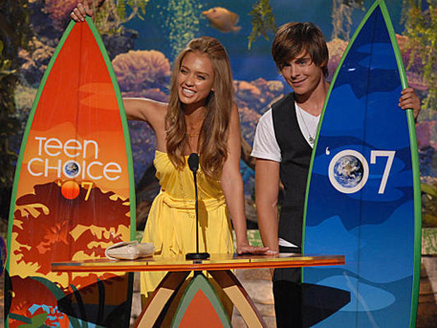 On Stage At Teen Choice 2007