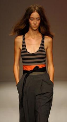 Fashion Looks Ahead