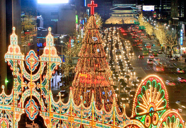 Christmas In Korea.South Korea Christmas Around The World Pictures Cbs News