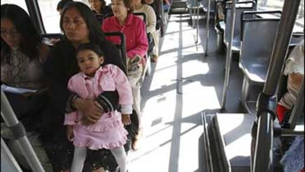 Mexico City Rolls Out Sex-Segregated Buses - Cbs News-7009