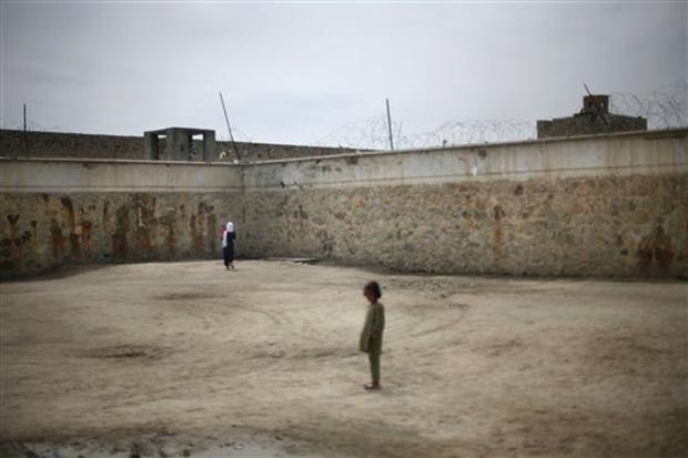 Afghan Children Behind Bars
