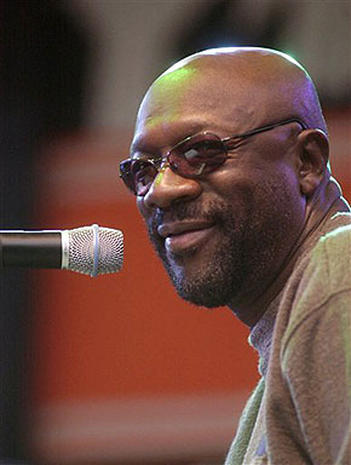 Isaac Hayes Photo 3 Pictures Cbs News