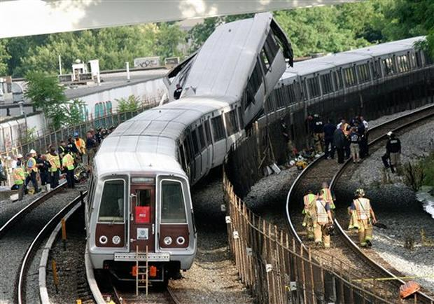 Washington Metro Trains Collide