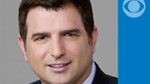 Award-winning Chicago journalist Dave Savini serves as investigative reporter for CBS 2 Chicago. Savini, whose exclusive investigations have earned him broadcast journalism's top honors, began work at CBS 2 in July 2004. He was recently awarded broadcast