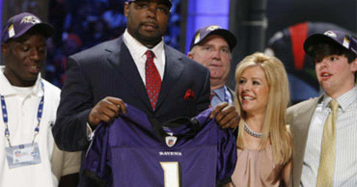 From the Streets of Memphis to the NFL - CBS News