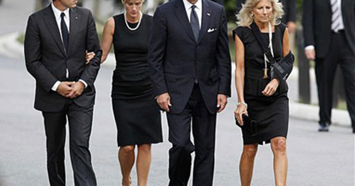 Joe Biden Wife Young Images Background