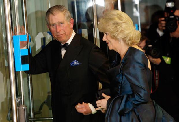 """""""Alice"""" Debuts in London"""