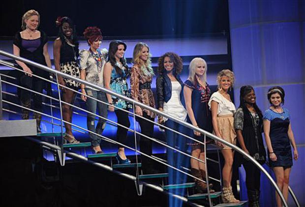 21-idol-women-group.jpg