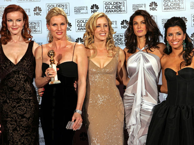 "Nicollette Sheridan Sues ""Desperate Housewives"""