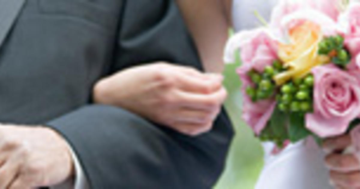 Wedding Rules For Parents 8 Dos And Donts Cbs News