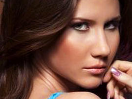 Anna Chapman (PICTURES): Russian Spy Joins Putin's Youth Group