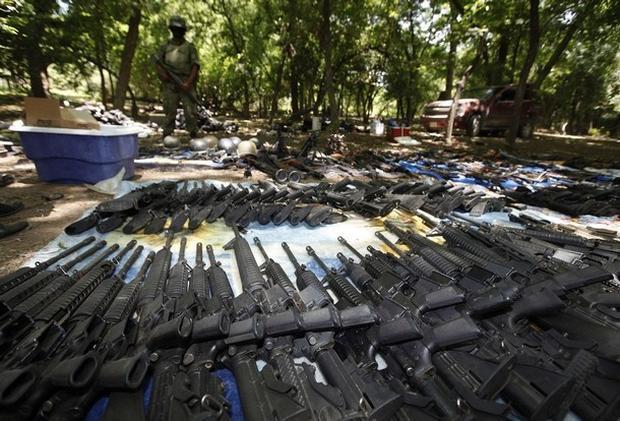 Mexican Drug Cartel Weapon Raid