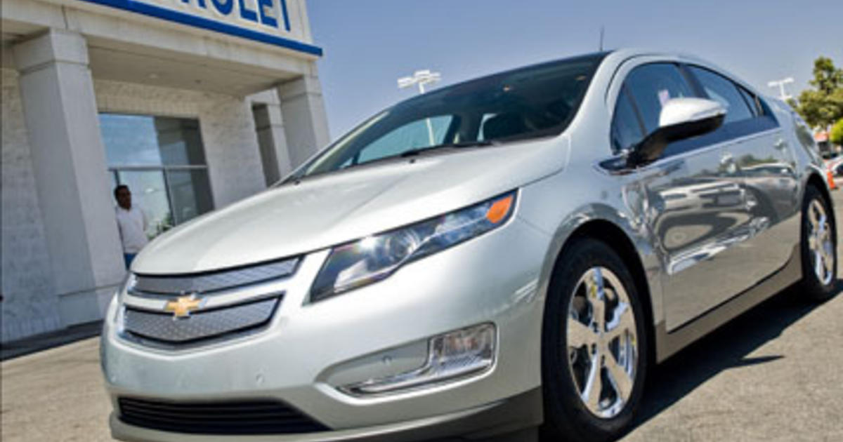 Chevy Volt 0 60 >> Chevy Volt Discontinued Chevrolet S Last Volt Rolls Off The