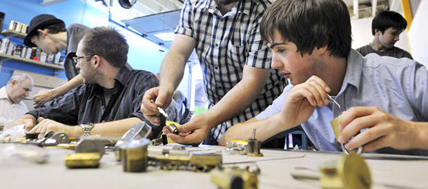 Competitive Lockpicking Grows Popular in US, Worries Police