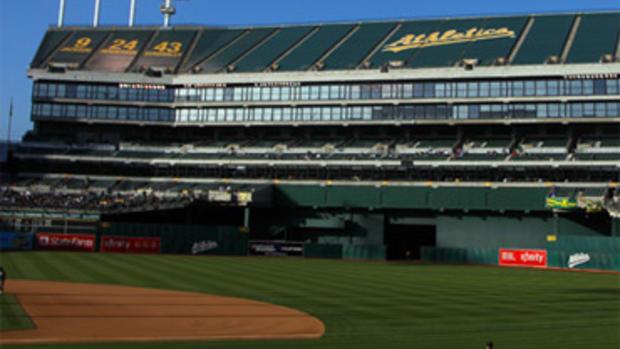 Ballpark Roadtrip:Oakland Coliseum