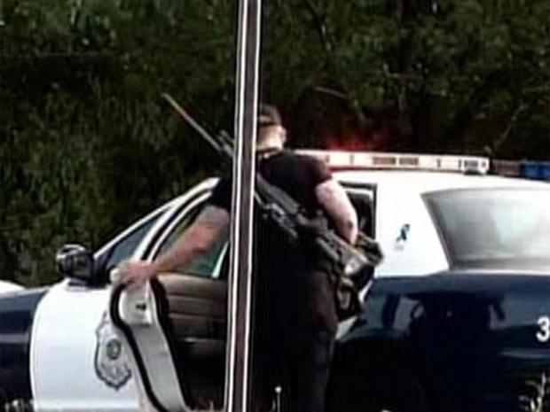 Hartford Distributors Shooting - Photo 19 - Pictures - CBS News