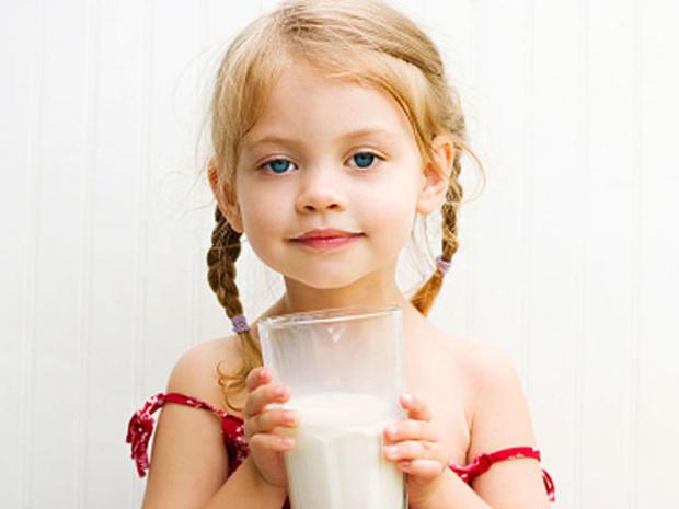 child_and_milk.jpg